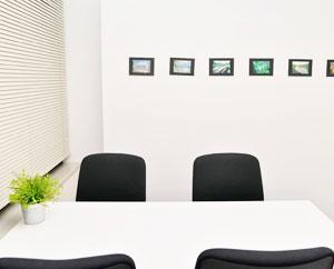 個室は就労するために必要な面談や面接練習などで使用します。