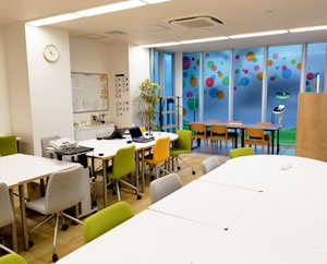 清潔感のある空間づくりを大切にしている就労移行支援事業所です。