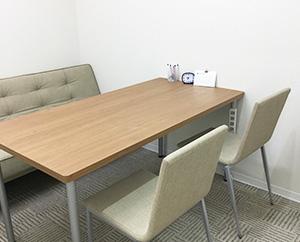 個室は、相談や面談、面接練習などで使用します。