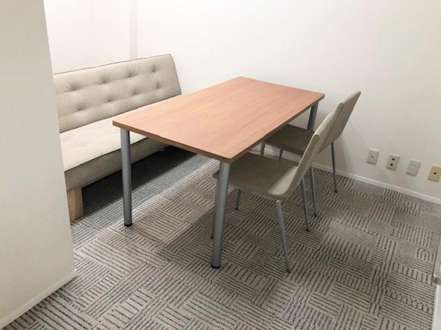 就職活動・体調などの気になることを相談できる個室です。また、模擬面接などの際にも利用します。