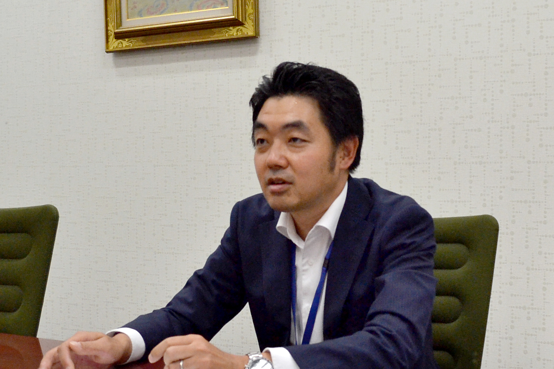 株式会社新生銀行 グループ事業戦略部 マネージャー 山崎 雄一さん