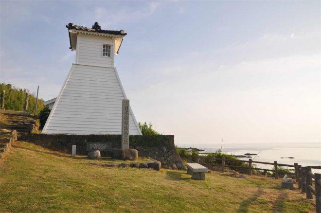 北前船時代の佇まいを残す木造灯台