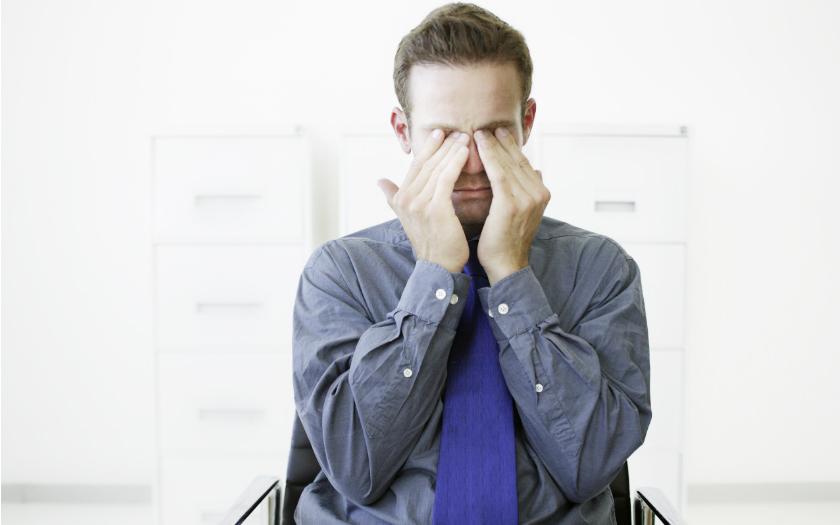 フリーランスの職業病? 頸肩腕症候群で身体に負担をかけないためにやるべきこと