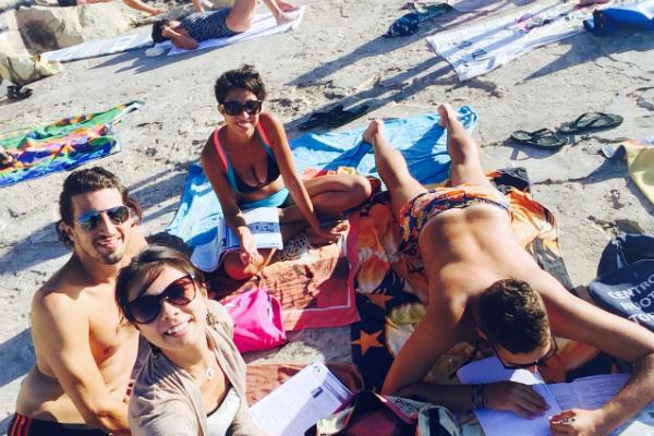 ビーチにいる人々