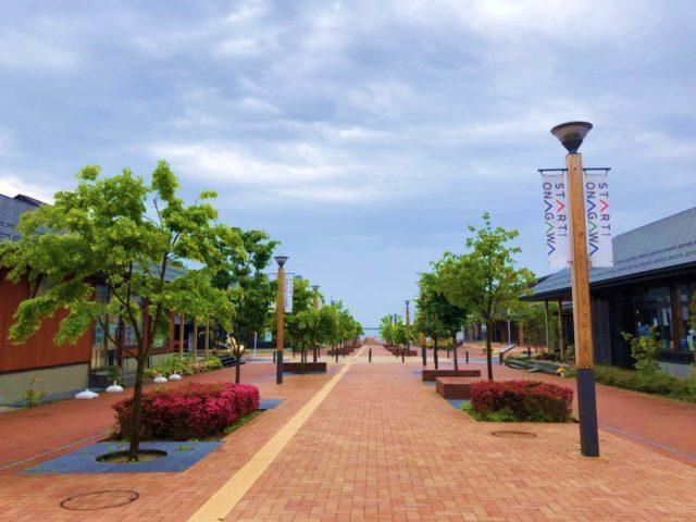 女川駅前の商店街