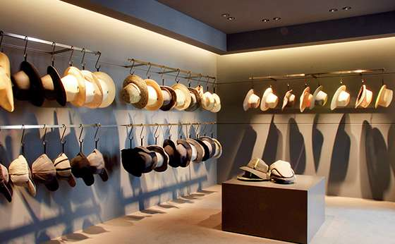 「マニエラ」初の旗艦店が青山にオープン