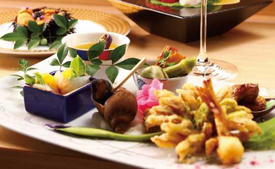 和食とシャンパーニュの「銀座 奏」誕生