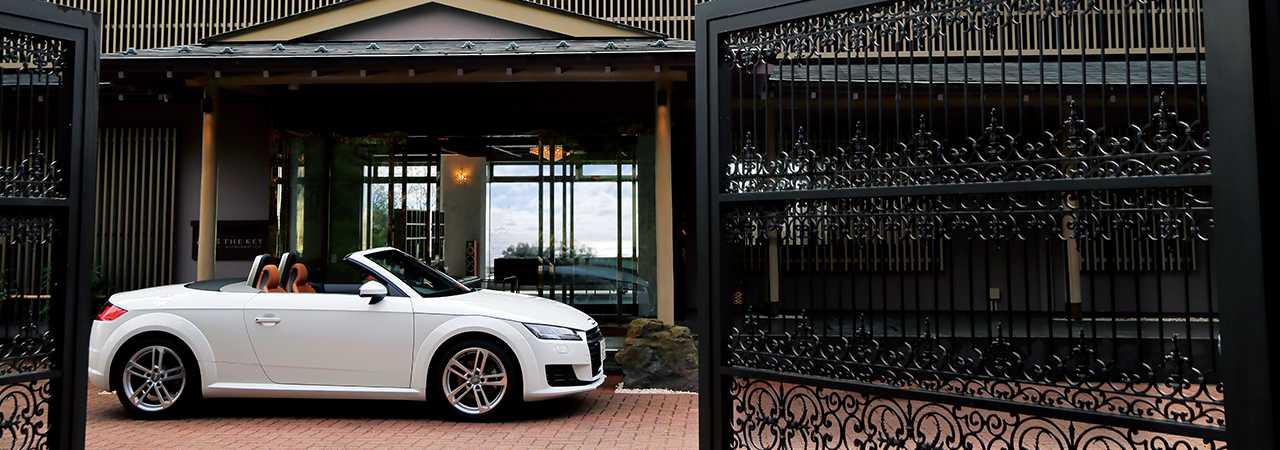 Audi TT Roadster × ザ・キー・ハイランド・イズ