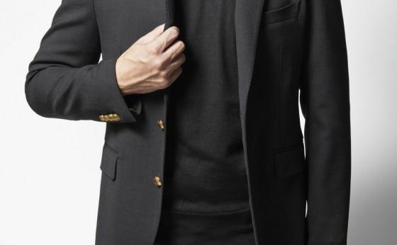 [買えるLEON]タリアトーレの真っ黒ジャケット&ニット