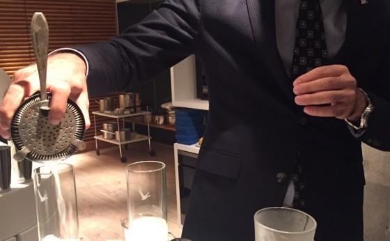 3番カウンターの客 〜奇跡のカクテル・マッチング〜