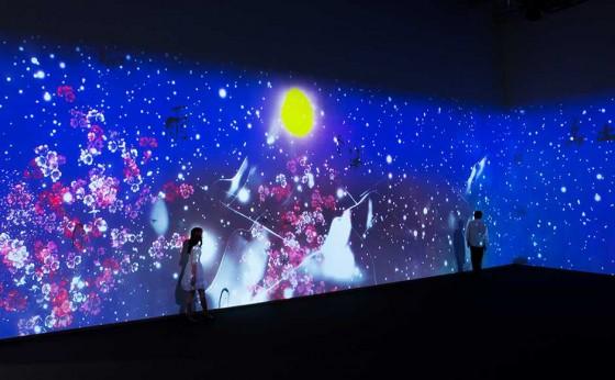 「チームラボ」がイギリスにてデジタルアートの展覧会を開催