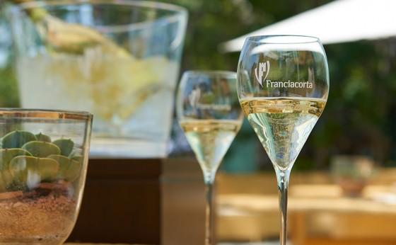 初夏の宵は、フランチャコルタで乾杯を!/丸の内「ハインツベック」