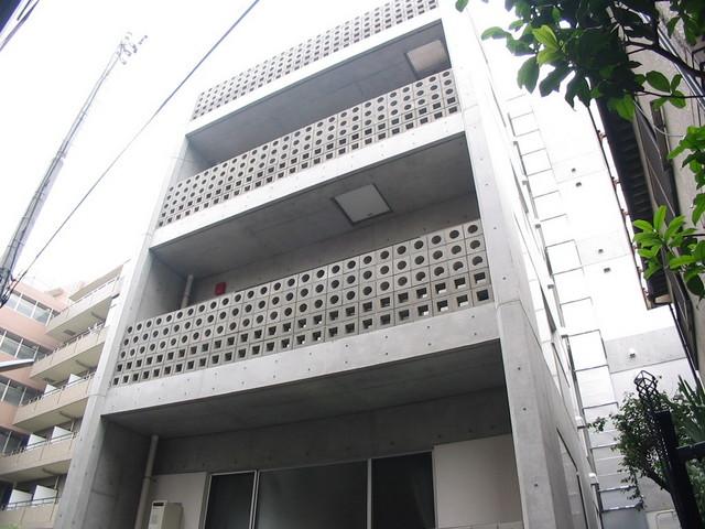 1R 93000円