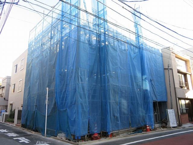 1R 76000円