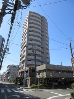 3LDK(+S) 190000円