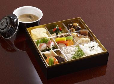 SHERATON MIYAKO HOTEL Japanese restraunt UEMACHIの写真