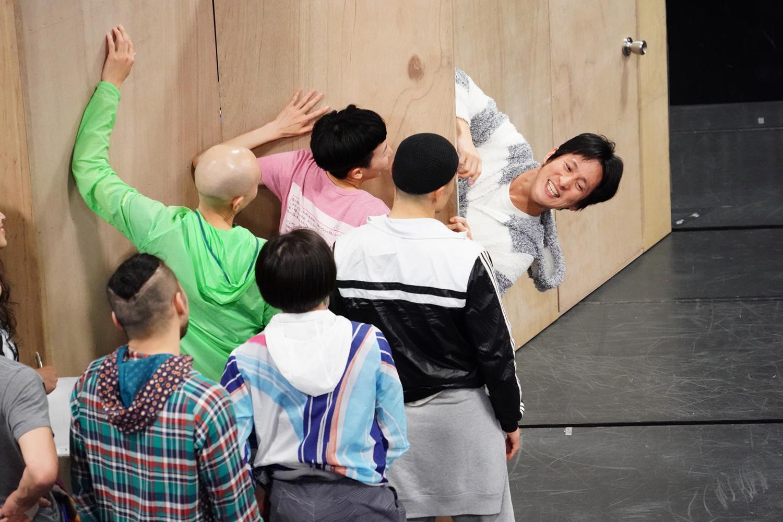 """舞台『ねじまき鳥クロニクル』稽古場レポート!演技×ダンス×音楽×美術のコラボレーションによって描かれる""""変容する世界""""とは!?"""