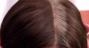 染完頭髮沒兩個禮拜,白頭髮又長出來,真困擾