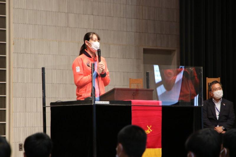 東京オリンピック女子バドミントン松本麻佑選手(TA2期生)凱旋報告