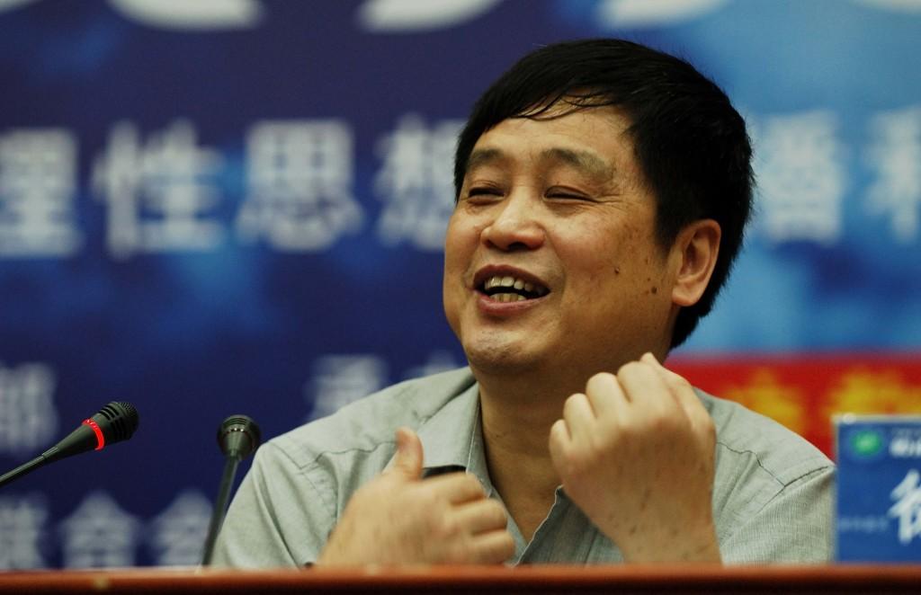 二00八年五月,徐友渔对广州市民作演讲