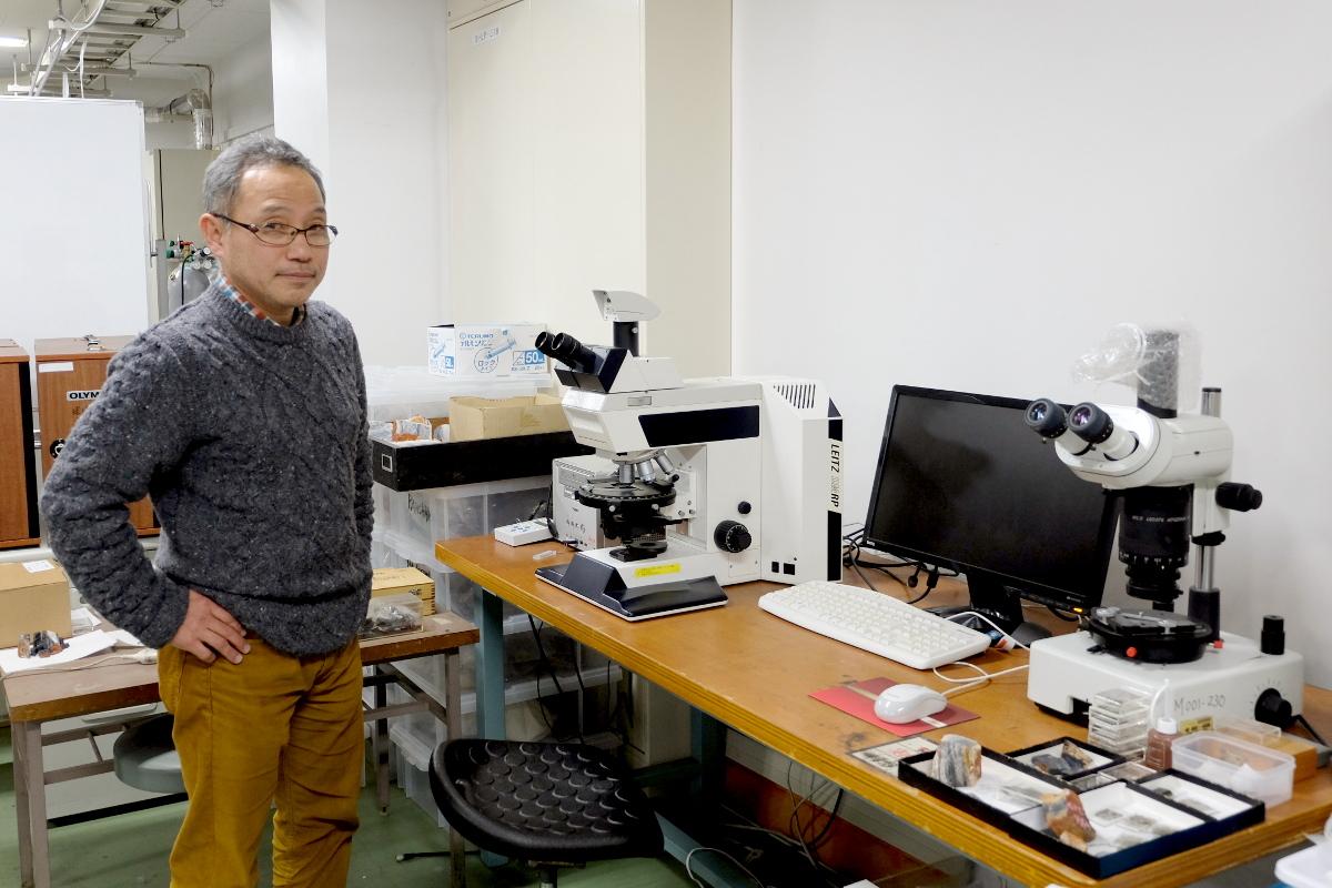 正立顕微鏡観察事例/34億年前の微化石から生命誕生の謎に迫る