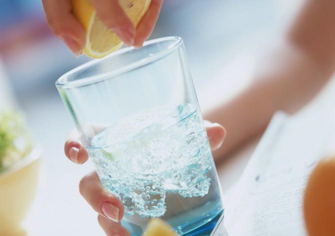 ダイエットに効果的な氷+αドリンクレシピ