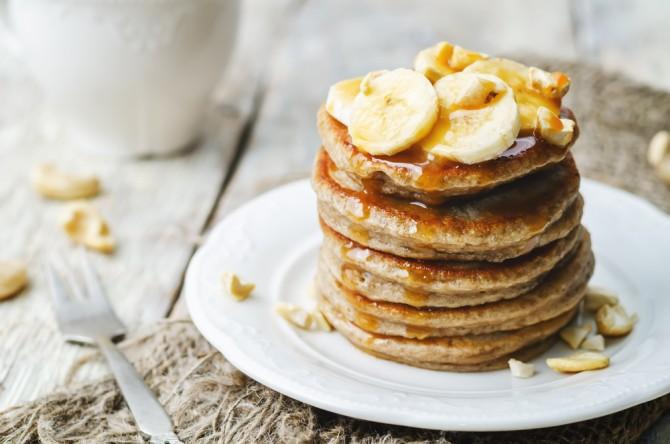 朝食としてパンケーキ