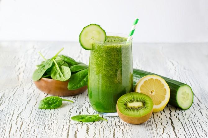 緑黄色野菜のスムージー