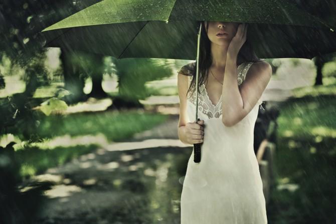 夏までに痩せたい!梅雨の時期のダイエット攻略法とは