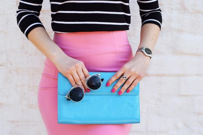 ファッションセンスの良い女性のスカートの着こなし