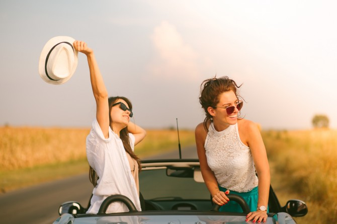 女友達とドライブ