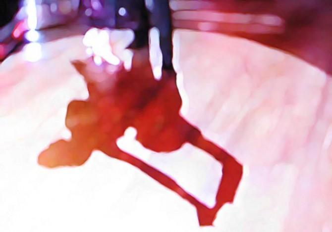 社交ダンスを踊る男女の影