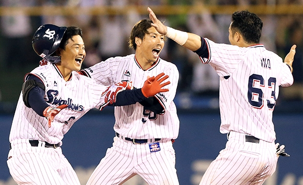 武内選手のサヨナラ打で劇的な勝利!交流戦明け初戦を白星で飾る