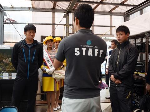原投手と山崎選手が浦添市内を視察!