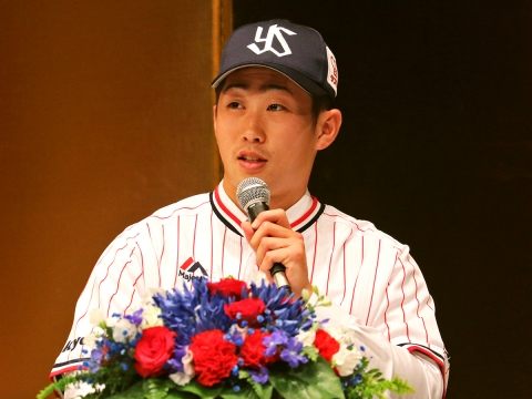 「プロ野球選手になった実感が湧いた」