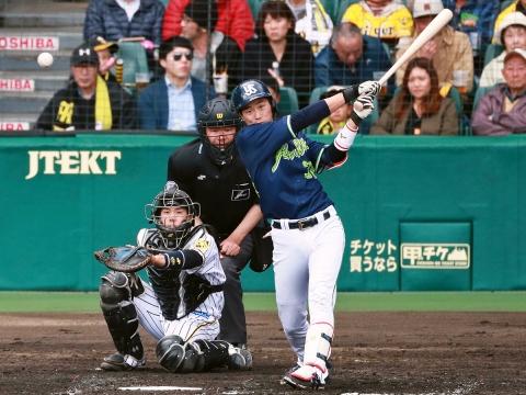 途中出場の廣岡選手が2安打1打点