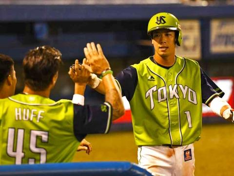 山田選手が3試合連続のアーチで勝利に導く