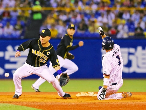山田選手が連続盗塁記録を33に伸ばし、日本新記録!