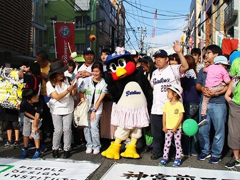 つばみが渋谷区「ピープルデザインストリート」を訪問!
