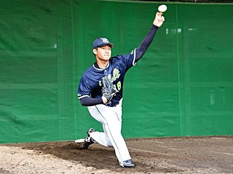 寺島投手がプロ入り後初ブルペン!