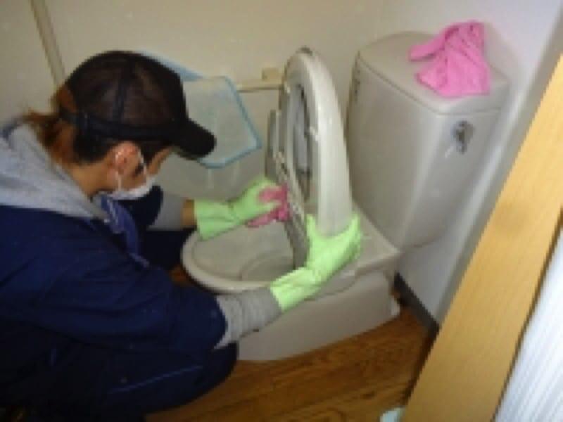 ビル・マンションの清掃で年間4000件近くの実績!トイレクリーニング