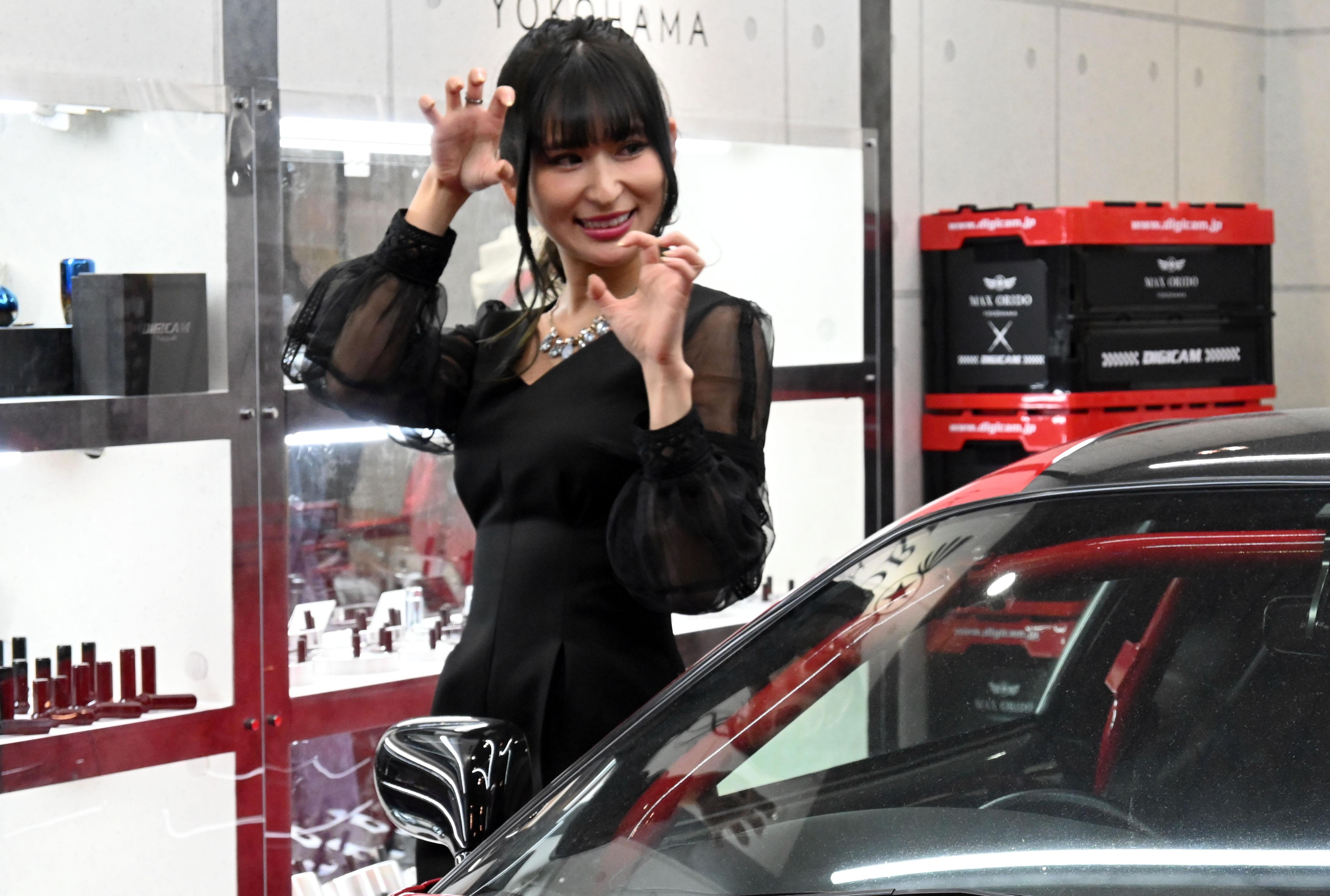 東京オートサロン2020美女図鑑DIGICAMブース