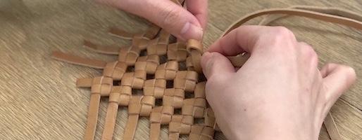 技術体験ラボラトリー#2 REN:革を編んで形作るバッグ、空気含むメッシュレザー
