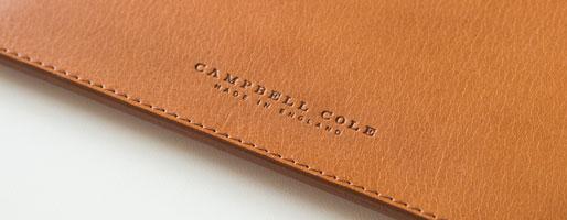 真摯に受けとめるシンプルさ。レザー小物を生み出すCAMPBELL COLEのタイムレスデザイン