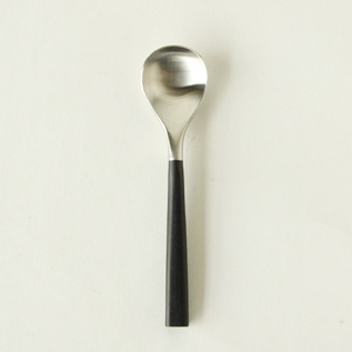 Black pattern tea spoon