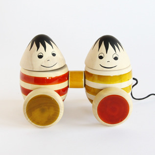 Wooden toy Bobbler