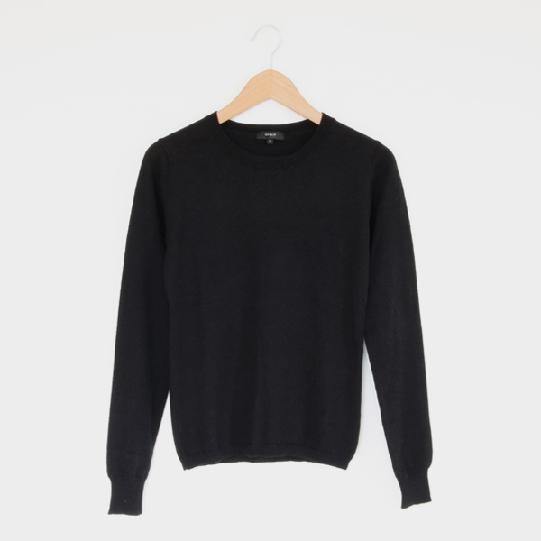 Women crew neck sweater black