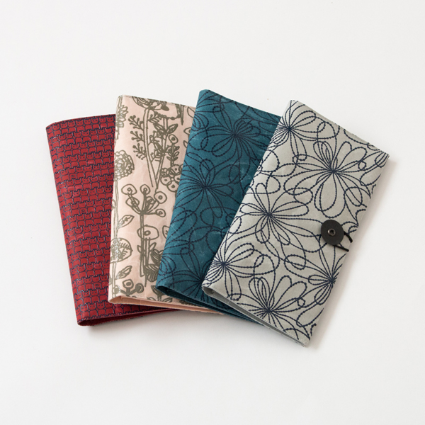 SIWA URUSHI PASSPORT HOLDER