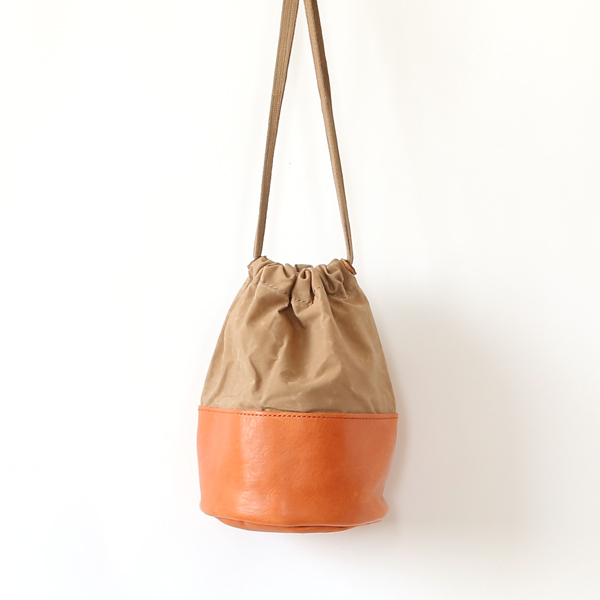 HORSE LEATHER DRAW STRINGS POUCH/S(巾着ショルダー)(COMBI-TAN)
