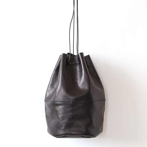 HORSE LEATHER DRAW STRINGS POUCH/L(巾着ショルダー)(BLACK)